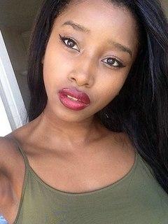 Zaina, black